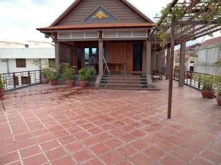 Villa for Sale in Pochentong - 5 bedrooms
