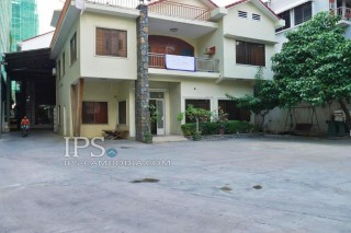 Villa in for rent in Phnom Penh -Tonle Bassac