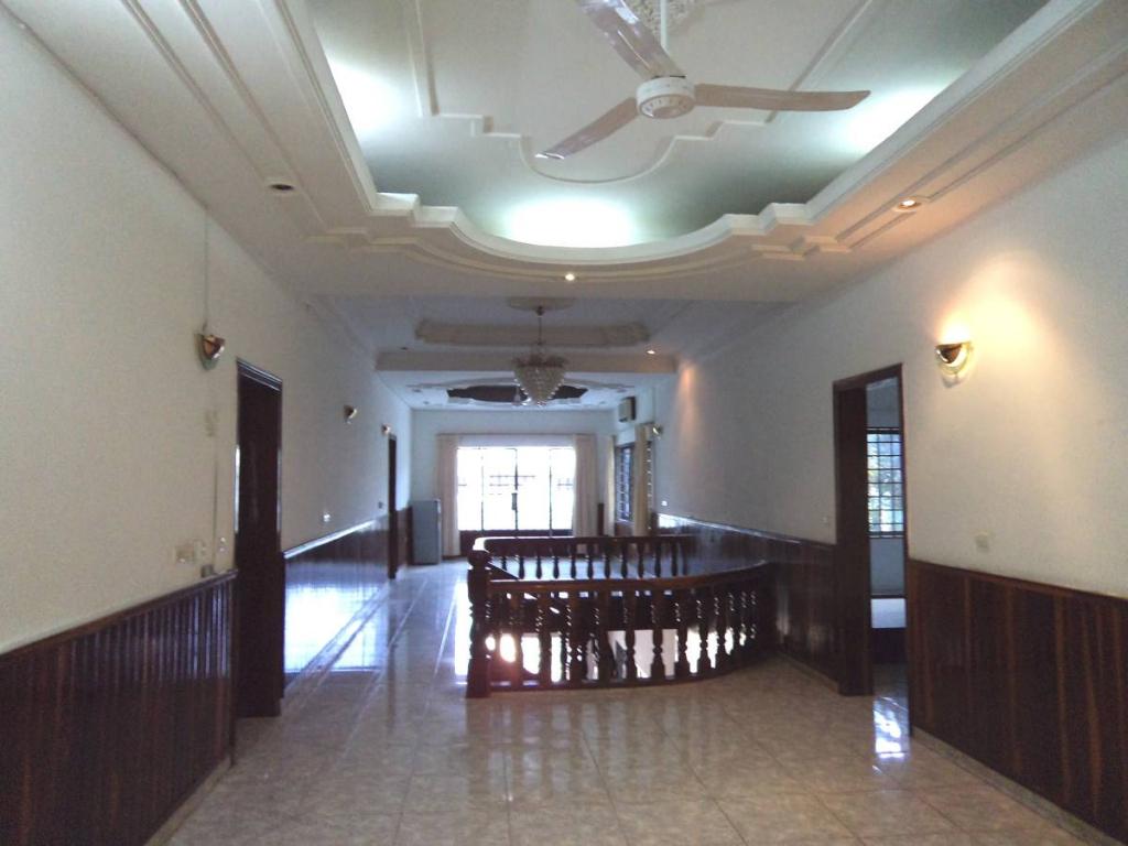 6 Bedroom Commercial Villa in Daun Penh - Phnom Penh