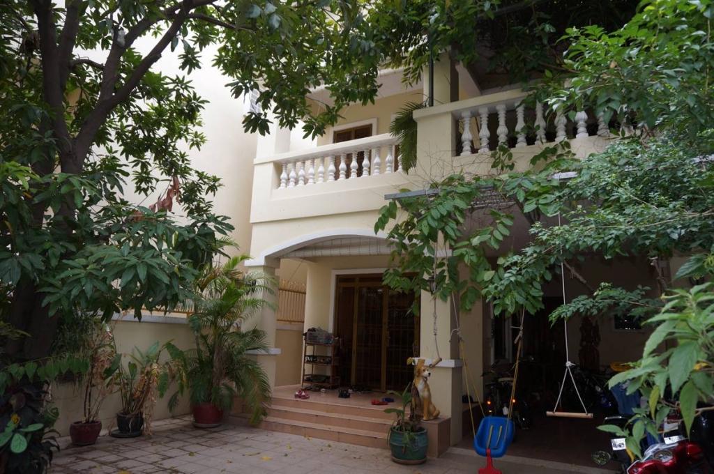 5 Bedroom Villa for Rent in Phnom Penh - BKK1