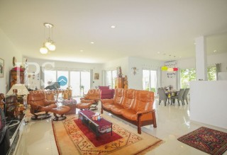 3 Bedroom European Villa for Sale - Siem Reap  thumbnail