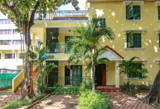 Classy 2 Bedroom Home for Rent - Daun Penh