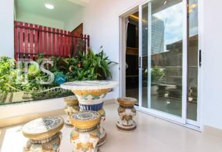 2 Bedroom Apartment For Rent - Daun Penh, Phnom Penh thumbnail