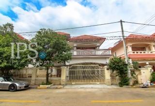 5 Bedroom Villa for Rent - Toul Sangke