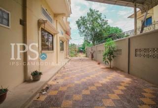 5 Bedrooms Villa for Rent in Siem Reap  thumbnail