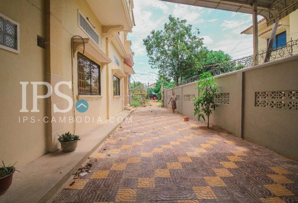 5 Bedrooms Villa for Rent in Siem Reap