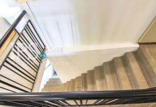 1 Bedroom Plus Study For Rent Near Olympic Stadium thumbnail