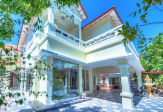 5 Bedroom Villa for Rent - Toul Kork