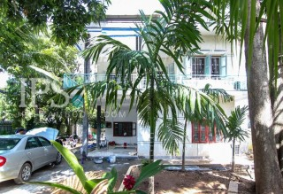 6 Bedroom Villa for Sale - BKK1  thumbnail