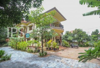 5 Bedroom Villa for Rent in Siem Reap- Svay Dangkum