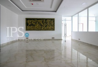 394 sqm. Commercial Office Space For Rent - BKK1
