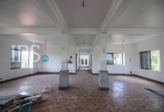 17 Room Boutique Hotel for Rent in Siem Reap- Wat Damnak Area thumbnail