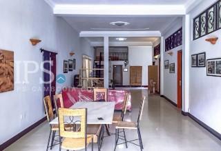 3 Bedroom Apartment for Rent - Daun Penh