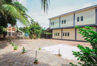 Siem Reap - 8 Bedroom Villa for Rent   thumbnail