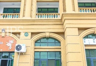Commercial Shophouse for Rent in Toul Bassac - 7 Bedrooms