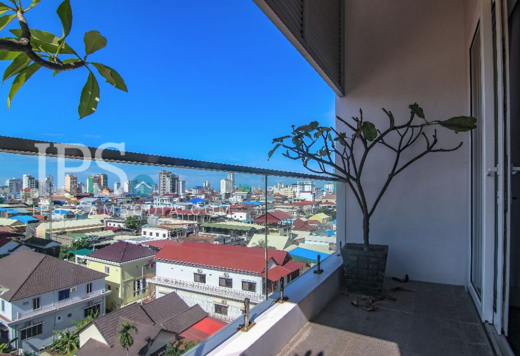 Spacious 2 Bedroom Penthouse - BKK3