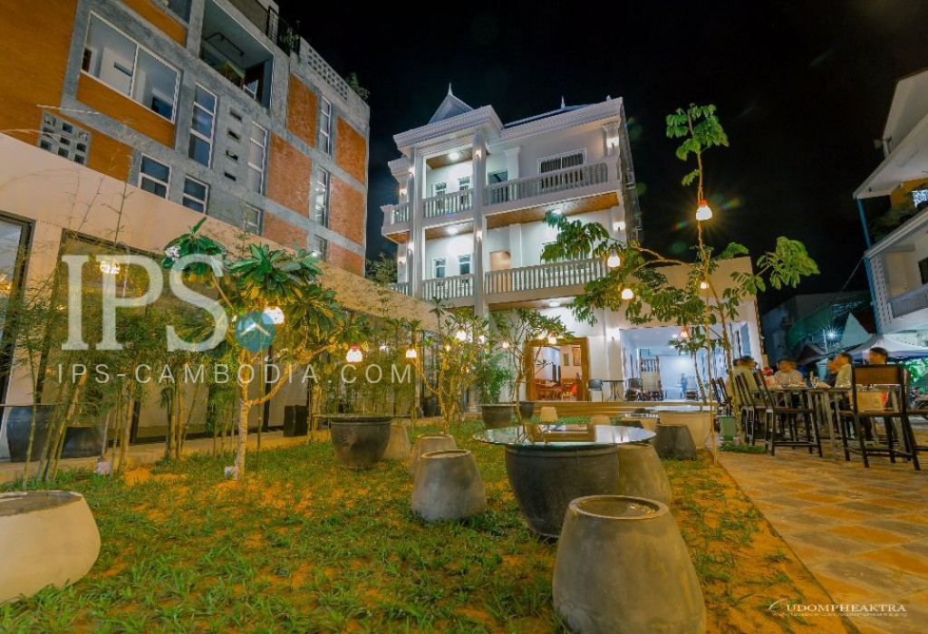 Siem Reap - 15 Bedroom Guesthouse for Rent