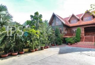 Residential Villa for Rent - 4 Bedrooms Boeung Tompun