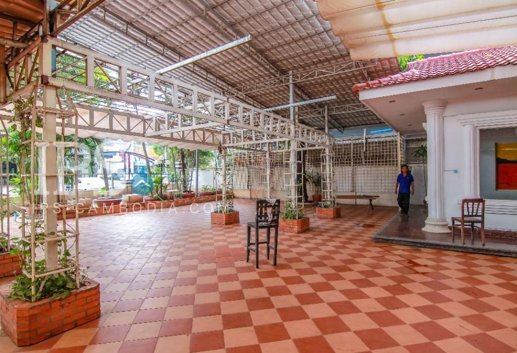 Commercial Villa For Rent - BKK1 Area