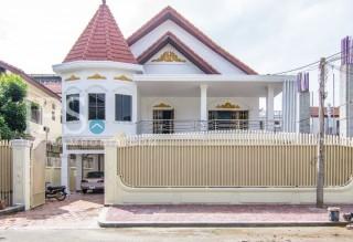 6 Bedroom Villa For Rent - Daun Penh