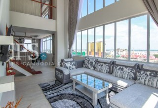 Duplex 3 Bedroom Penthouse Apartment for Rent - Tonle Bassac
