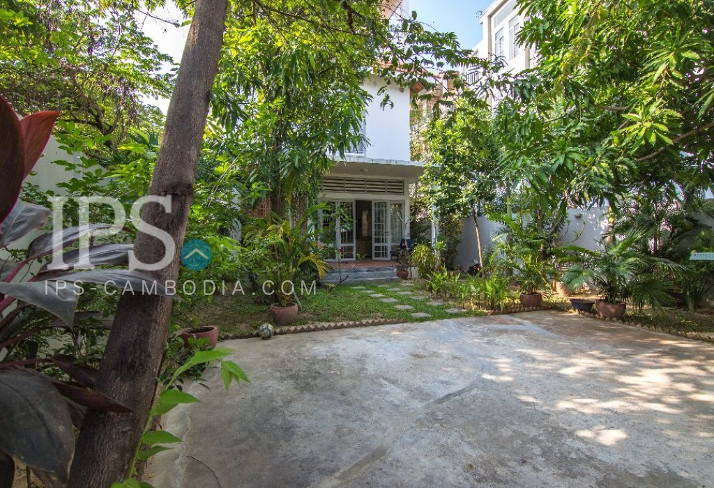 5 Bedroom Residential Villa For Rent - Boueng Tumpun, Phnom Penh