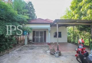 3 Bedroom House for Rent - Salakomrek Area