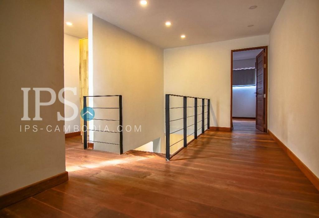 Triplex 3 Bedroom Apartment for Rent - Daun Penh