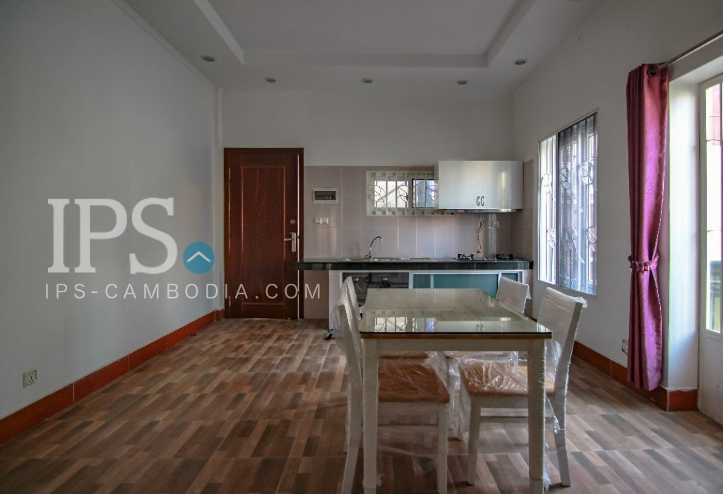 3 Storey Townhouse for Rent - Thsar Daeum Thkov