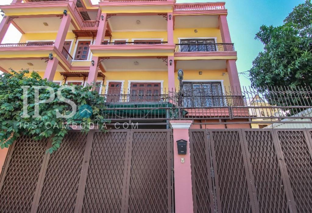 5 Bedroom Townhouse for Rent - Thsar Daeum Thkov