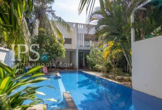 6 Bedroom Villa For Sale | Boeung Tumpun