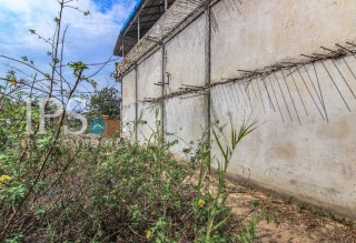 200 m2 Land and House for Sale - Chbar Ampov thumbnail