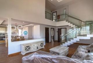 3 Bedroom Duplex Penthouse Apartment for Rent - BKK3 thumbnail