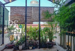 2 Bedroom Duplex Apartment for Sale - Wat Phnom  thumbnail