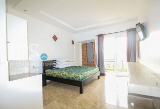 11 Bedroom Guesthouse for Rent - Siem Reap  thumbnail