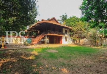 Siem Reap - 3 Bedroom Traditional Khmer Villa for Sale