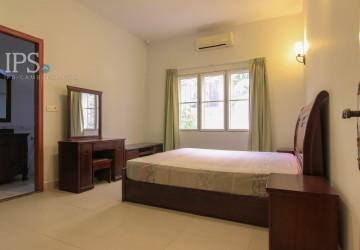 5 Bedroom Villa For Rent - Toul Svay Prey  thumbnail