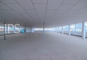 5th Floor Office Space For Rent - Toul Kork