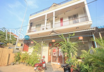 7 Bedroom GuestHouse Business For Sale - Siem Reap