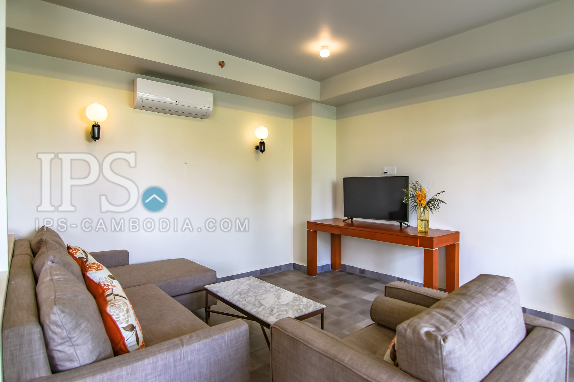 3 Bedroom Serviced Apartment for Rent -  Wat Phnom