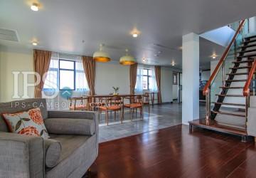 Wat Phnom - 3 Bedroom Duplex Penthouse Apartment for Rent