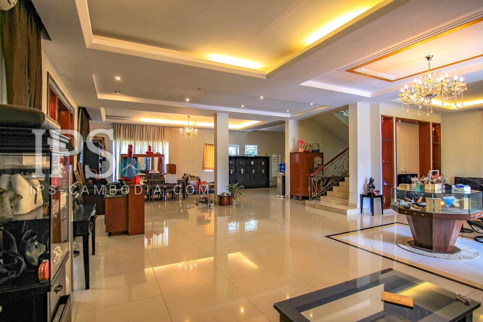 5 Bedroom Villa for Sale - Phnom Penh Thmey