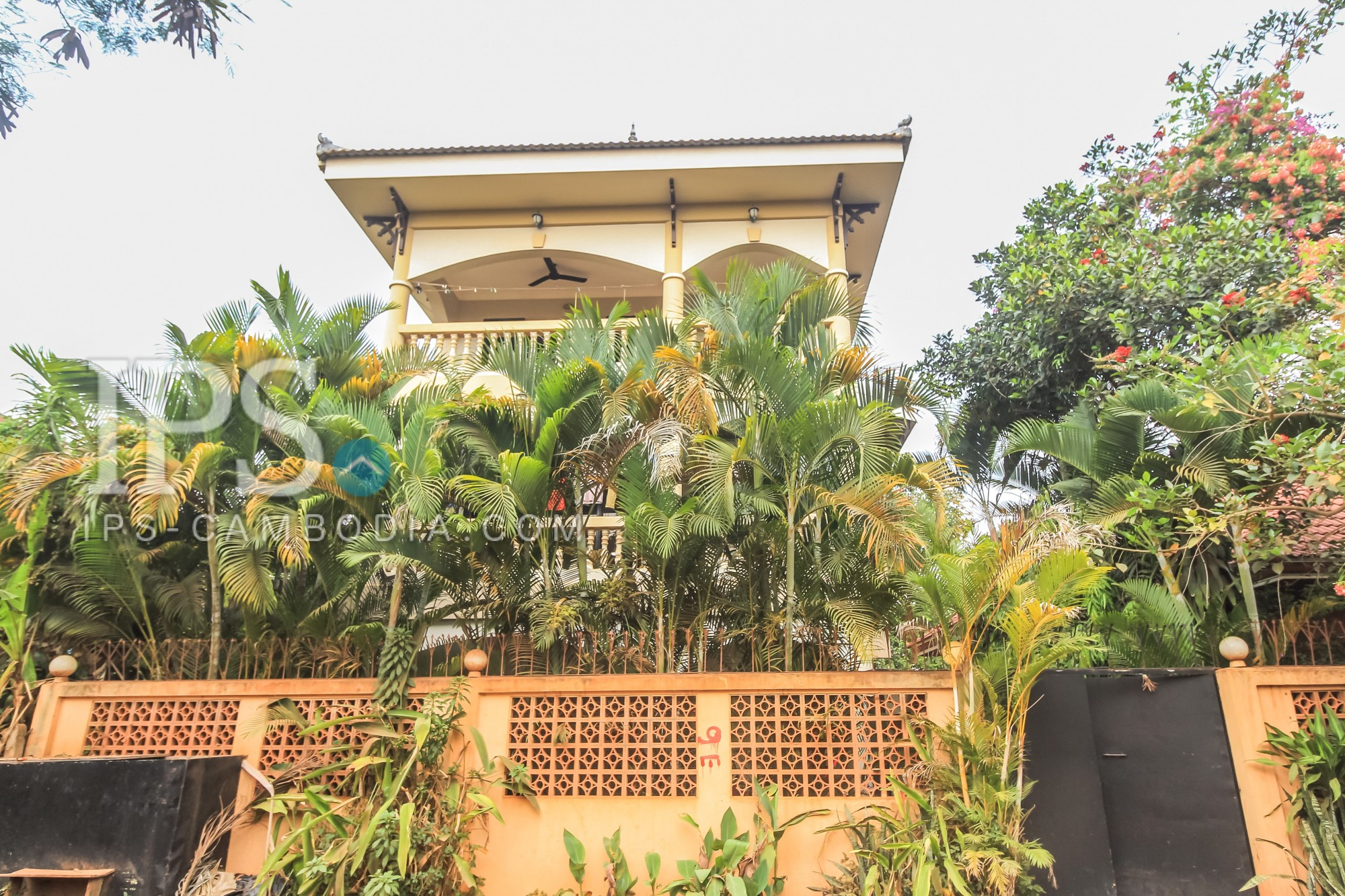 2 Beds 1 Bath Apartment for Rent - Siem Reap