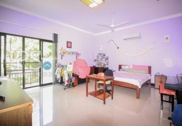 5 Bedroom Villa for Rent - Siem Reap thumbnail