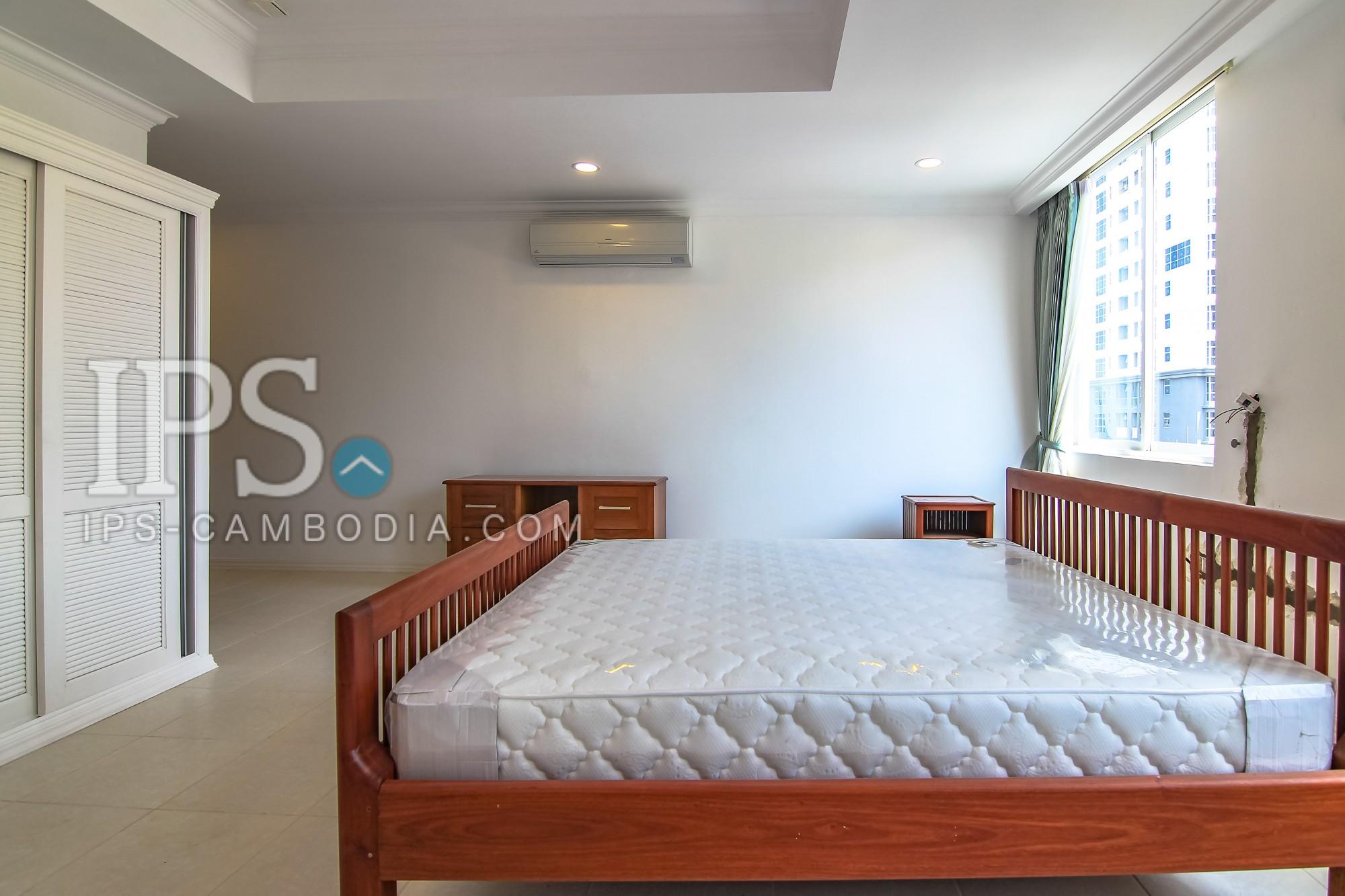 3 Bedrooms Apartment for Rent - BKK1