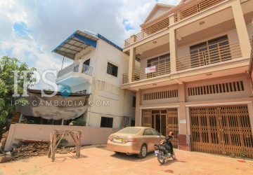 4 Bedroom Townhouse For Sale - Kakab, Phnom Penh