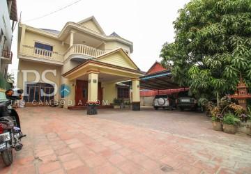 Commercial Villa For Rent(10 bedrooms)- Boeung Tumpun