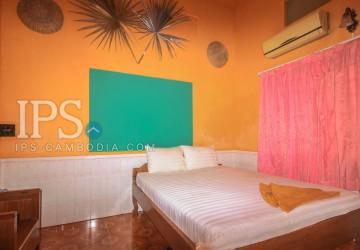 1 Room Short-Term Rentals - Sala Kamreuk, Siem Reap