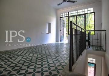 2 Bedroom Duplex Flat for Rent -  Sothearos Blvd. thumbnail