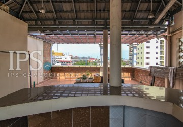 5 Bedrooms Townhouse For Rent - Wat Phnom  thumbnail